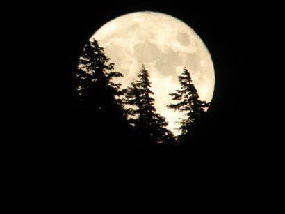 Moonrise_over_Garfield_Peak_.jpg